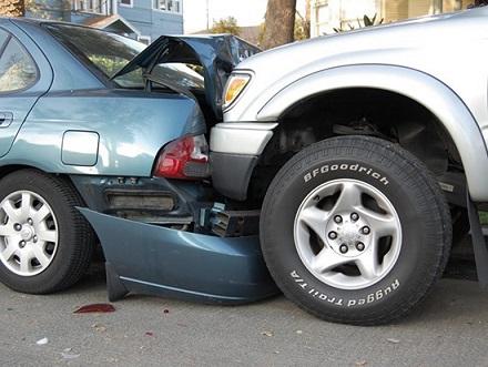 продать битый автомобиль срочно, как продать битый автомобиль быстро, Выкуп битых авто в любом состоянии, выкуп битых аварийных машин, продать битую машину срочно, Продажа битого автомобиля через скупку, выкуп битых аварийных автомобилей