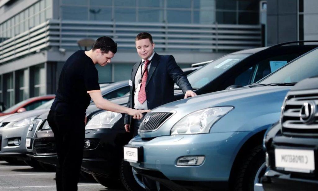 можно ли продать машину без хозяина если есть все документы, можно ли переоформить машину без хозяина по договору купли продажи, можно ли продать машину без генеральной доверенности без хозяина, можно ли продать машину по генеральной доверенности без хозяина, можно ли продать автомобиль без собственника, как продать машину без хозяина имея все документы, можно ли продать машину без хозяина без доверенности