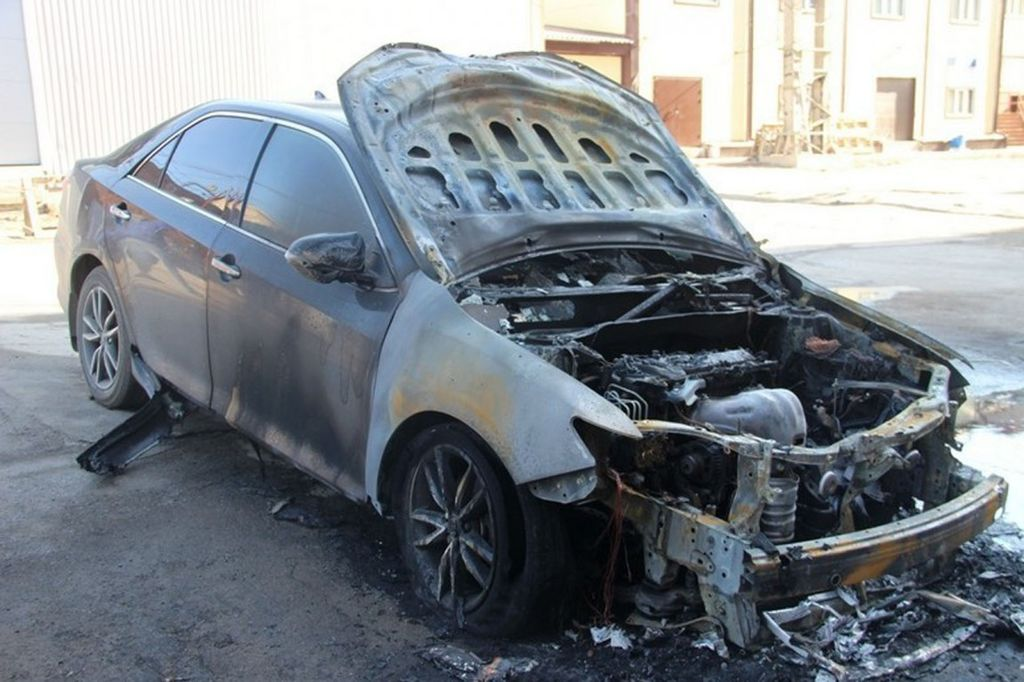 выкуп авто после пожара, сгоревшие машины, авто после пожара купить, сгоревший автомобиль, продать сгоревший автомобиль, скупка сгоревших автомобилей, выкуп сгоревших автомобилей, выкуп сгоревших авто